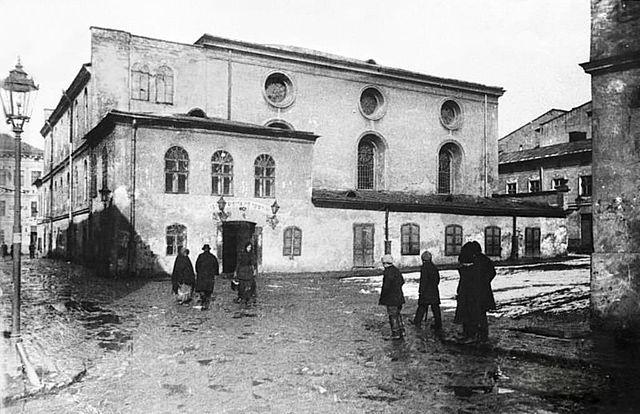 בית כנסת בלבוב (למברג, ביידיש). ביקור מסתורי של רבי נחמן מברסלב